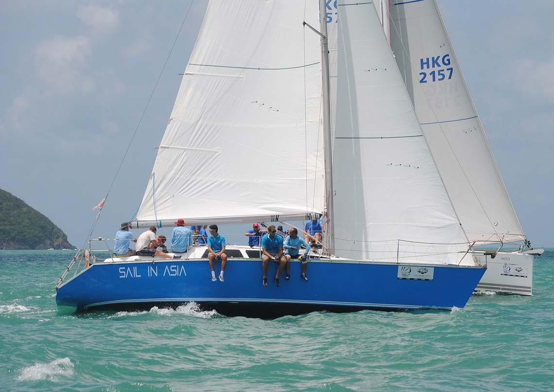 15-pinnochio-racing-charter-yacht-sail-in-asia