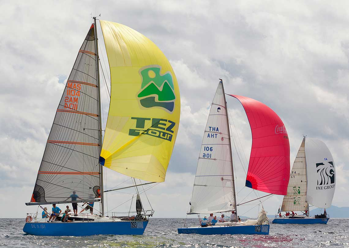2-piccolo-racing-charter-yacht-sail-in-asia