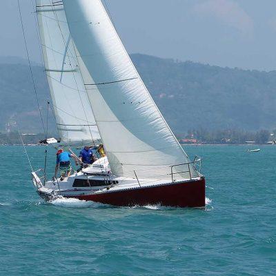 5-farrgo-express-racing-charter-yacht-sail-in-asia