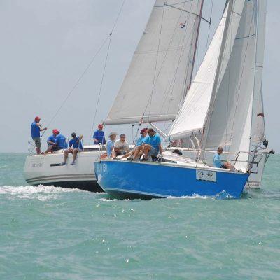 7-pinnochio-racing-charter-yacht-sail-in-asia