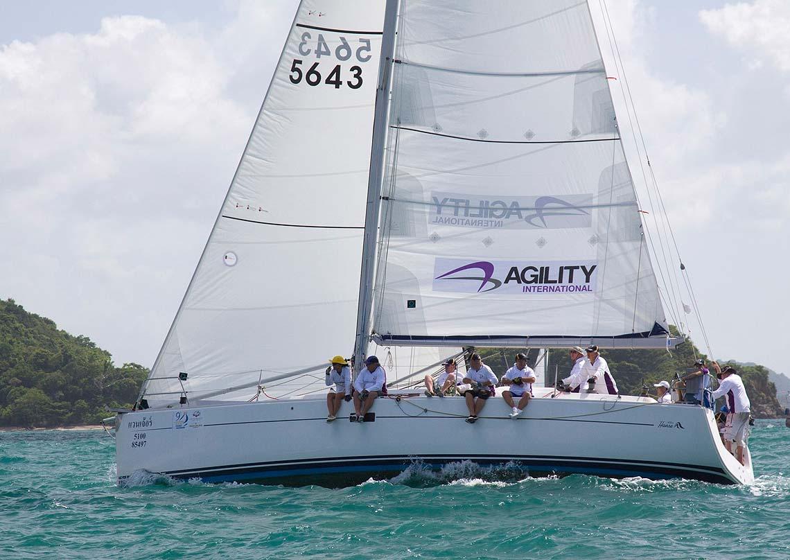Venture sloop charter sail in asia