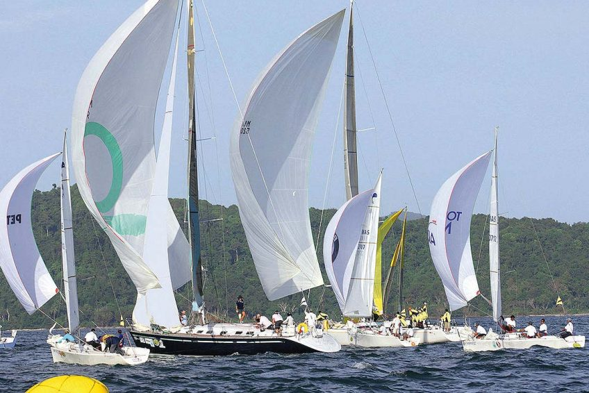 4-farr-53-racing-charter-yacht-sail-in-asia