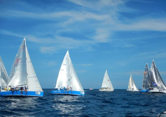 main-phuket-regatta-racing-charter-yacht-sail-in-asia
