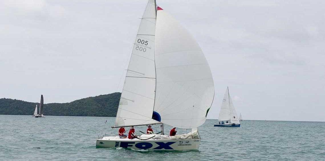 Fox-one-design-platu-fleet-sail-in-asia