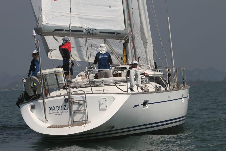 Cruising Yacht Racing in Asia